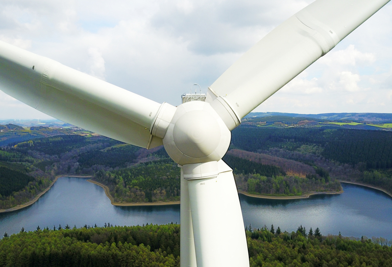 Produziert Ökostrom für Mark E: Windrad an der Versetalsperre